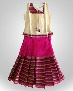 Hggy Small Girls Dress, Little Girl Dresses, Girls Dresses, Kids Indian Wear, Kids Ethnic Wear, Kids Dress Patterns, Kids Lehenga, Stylish Blouse Design, Skirts For Kids