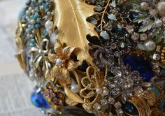 blue brooch bouquet, vintage brooches, tillymintloves