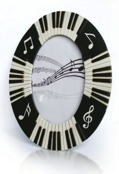 - Piano Keyboard Picture Frame - #music #pictureframe #picture #frame #piano http://www.pinterest.com/TheHitman14/music-paraphernalia/