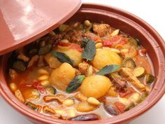 Tajine Middle Eastern Decor, Cooking Recipes, Healthy Recipes, Paella, Thai Red Curry, African, Moroccan, Ethnic Recipes, Nostalgia