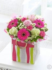 Summer Gift Bag Same Day Flower Delivery, Summer Flowers, Dublin, Gift Wrapping, Gifts, Bag, Gift Wrapping Paper, Presents, Wrapping Gifts