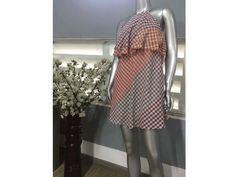 Đầm ngắn carô Zara