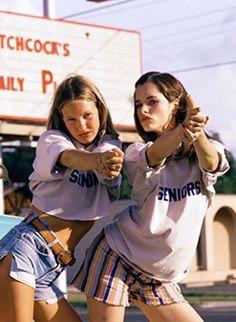 Photo: Dazed and Confused 70s Fashion, Fashion Art, Trendy Fashion, Vintage Fashion, 90210 Fashion, Hipster Grunge, Summer Girls, Hot Girls, Style Tumblr