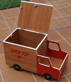 My Little Workshop: A trunk for the little ones ...