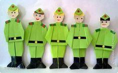 Мастер-класс Поделка изделие 23 февраля День Победы Оригами Солдаты Победы Бумага фото 1