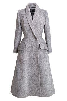 Vintage Coat, Mode Vintage, 1940s Fashion, Vintage Fashion, Couture Vintage, Coats For Women, Clothes For Women, Royal Clothing, Coat Dress