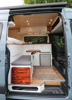 Van Conversion Interior, Camper Van Conversion Diy, Van Interior, Kombi Home, Sprinter Van Conversion, Mercedes Sprinter Camper Conversion, Van Home, Van Living, Van Camping