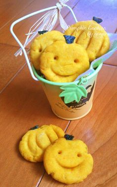 ハロウィンにも☆簡単かぼちゃクッキー。 by ゆぅゅぅ [クックパッド] 簡単おいしいみんなのレシピが214万品