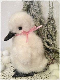 Teddymachen - * Bastelpackung (Kit) Baby Schwan * BOMMEL * :) - ein Designerstück von Teddy-Manufaktur bei DaWanda