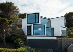 Sunflower House comprises ten cubes pointed in different directions.
