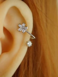 cartilage earring,cartilage piercing,cartilage stud,bling flower earring floral girl