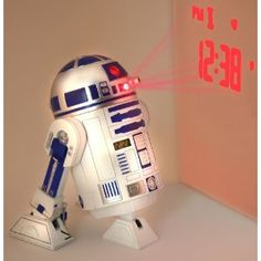 Star Wars - Clone Wars Jugend-3d-Wecker in Plastik mit R2-D2 Sounds - 21324: Amazon.de: Spielzeug