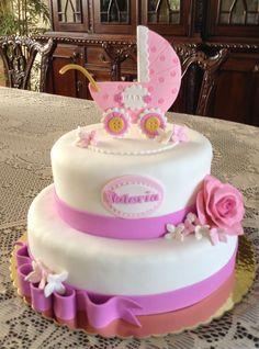 Torta para Baby Shower de niña, 50 porciones, con coche y rosa de cerámica en frío.