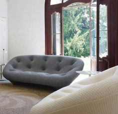 Dare To Be Different with Ploum Sofa by Ligne Roset Deco Furniture, Sofa Chair, Dining Furniture, Furniture Design, Furniture Ideas, Armchair, Ligne Roset, Cozy Sofa, White Dining Table