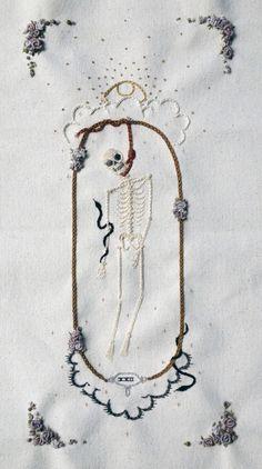 dainty vs morbid