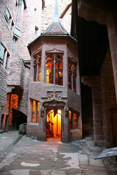 Internal staircase, Château du Haut-Koenigsbourg, Alsace, France - Fabulous castle to visit and Alsace is wonderful! Beautiful Buildings, Beautiful Places, The Places Youll Go, Places To Go, Architecture Cool, Château Fort, France Photos, Stairways, Monuments