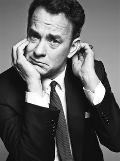 Tom Hanks -One of the most talented Actors of our generation. Truth is, I forget about all of his movies as each character he portrays become an individual of their own. Tom Hanks disappears when he steps on the screen. Forrest Gump, Tom Hanks, Foto Face, Kino Film, Actrices Hollywood, Marlon Brando, Celebrity Portraits, Famous Portraits, Celebs