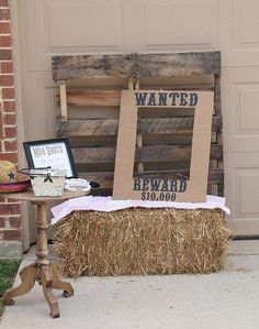 Cowboy party: This would be a cute photo booth idea! Horse Birthday Parties, Cowboy Birthday Party, Country Birthday Party, Country Hoedown Party, Rodeo Birthday, Country Western Parties, Farm Birthday, Lego Birthday, Country Weddings