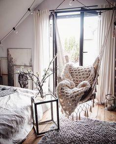 Loving this room Girl Bedroom Designs, Room Ideas Bedroom, Bedroom Decor, Stylish Bedroom, Shabby Chic Bedrooms, Cute Room Decor, Aesthetic Room Decor, Cozy Room, Dream Rooms