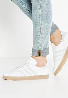 adidas Originals - GAZELLE - Zapatillas - vintage white/vapour green