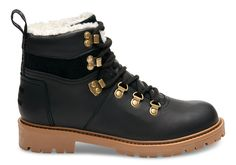 A hiker-inspired boot for casual days that call for extra comfort. Featuring waterproof leather and a faux shearling lining for added warmth, these shoes will be your go-to choice for outings that call for a pair of sturdy, reliable boots.