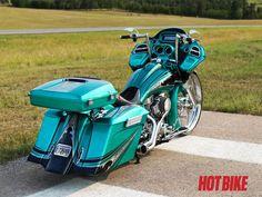 Custom made 2011 Harley Davidson Highway Glide Custom Choppers, Custom Motorcycles, Custom Bikes, Custom Baggers, Harley Road Glide, Harley Davidson Road Glide, Harley Gear, King Sport, Road Glide Custom