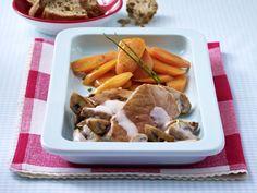 Schweineschnitzel mit leichtem Pilzrahm und Schmormöhren