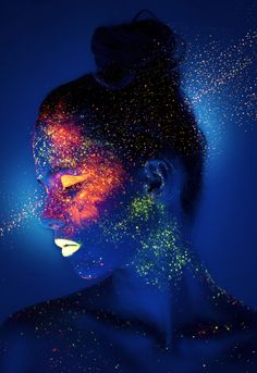 This looks so pretty! Amazing glow in the dark makeup looks submitted by Kevin Tsoi from Hong Kong: