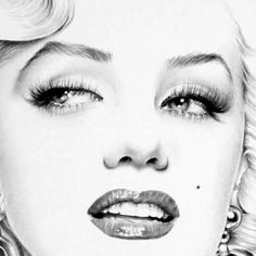 Items similar to Marilyn Monroe Pencil Drawing Fine Art Signed Print on Etsy Marilyn Monroe Drawing, Marilyn Monroe Tattoo, Marilyn Monroe Dibujo, Marilyn Monroe Artwork, Zeichnung Marilyn Monroe, Best Pencil, Kunst Tattoos, Schulter Tattoo, Norma Jeane