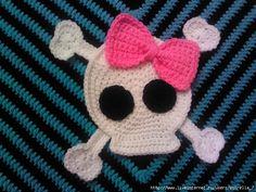 Esquemas de calaveras para crochet y dos agujas