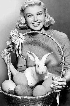 Doris Day Easter pin up girl Vera Ellen, Sandra Dee, Mary Tyler Moore, Betty White, Divas, Lana Turner, Vintage Easter, Vintage Holiday, Brigitte Bardot