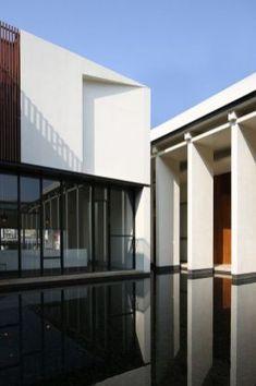 Fascinating Modern Minimalist Architecture Design 48