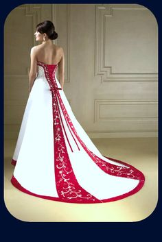 Divas_Tips: Vestidos de Novia en color Rojo, ¿Te atreves?