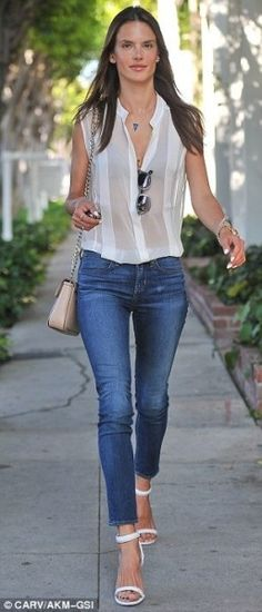 Alessandra Ambrosio  Shopping June 13 2013