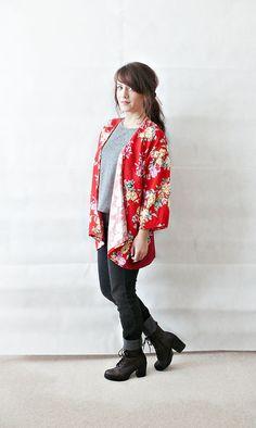 FLORAL KIMONO JACKET//boho kimono,floral print,japanese floral print,bird print,short kimono jacket,floral kimono,size small