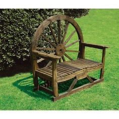 Woodworking Bench LOVE this rustic wagon wheel bench-perfect for the FEEL lodge!Woodworking Bench LOVE this rustic wagon wheel bench-perfect for the FEEL lodge! Wagon Wheel Bench, Wagon Wheel Decor, Wagon Wheel Garden, Wagon Wheels, Western Decor, Country Decor, Rustic Decor, Outdoor Projects, Wood Projects