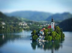 Bled Castle, Slovenia | Discovered from Dream Afar New Tab