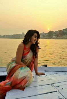 Nikki Galrani Hot Sexy Unseen Photo Gallery: It doesn't get any hotter than Sexy Nikki Galrani and this gallery of her sexiest photos. She is an Indian actress. South Indian Actress, Beautiful Indian Actress, Beautiful Actresses, Sonam Kapoor, Deepika Padukone, Saree Poses, Saree Photoshoot, Beauty Tips For Hair, Stylish Sarees