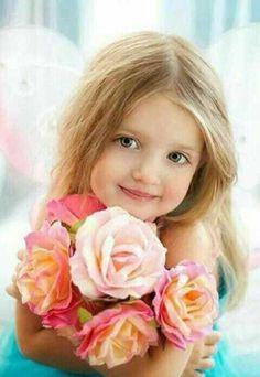 Beautiful Little Girls, Cute Little Girls, Beautiful Children, Beautiful Babies, Cute Kids, Cute Babies, Kids Girls, Baby Kids, Girls With Flowers