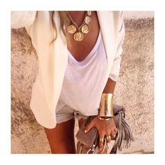 "CHIQUE LE FRIQUE no Instagram: ""Fab fashion @define_haute Picture: Essential_jade®"""