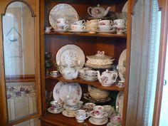 Coffee Tea Books and Me: Teacup love