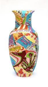 Grayson Perry vase, by Zoe Hillyard Grayson Perry Art, Native American Pottery, China Art, Ceramic Design, Outsider Art, Ceramic Artists, Pottery Art, Contemporary Artists, Art Pieces
