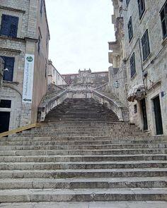 Les escaliers de Game of Thrones... Walk of Shame!