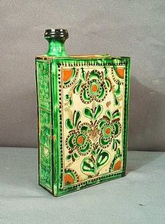Hungarian Embroidery, Folk Embroidery, Embroidery Patterns, My Heritage, Wine Tasting, Flask, Folk Art, Medieval, Decorative Boxes