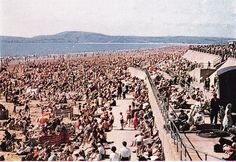 1966 Aberavon Beach....this is how I remember the beach. Renting deck chairs, buying buckets and spades from the beach shops and the going to the fair. Omg.....love it.