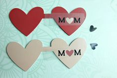 Learn how to cut leather using your Cricut with this quick and easy 10 minute DIY Leather Heart Mom Keychain! A perfect handmade gift for Mother's Day! Leather Bookmark, Leather Keychain, Leather Case, Quick And Easy Crafts, Crafts To Make, Camera Tips, Camera Gear, Film Camera, Leather Projects