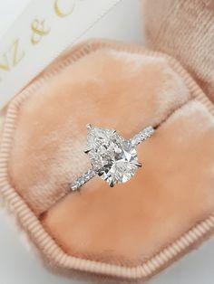 Pear Wedding Ring, Pear Diamond Engagement Ring, Pear Shaped Diamond Ring, Pear Ring, Pear Shaped Engagement Rings, Engagement Ring Shapes, Dream Engagement Rings, Pear Shaped Rings, Pear Diamond Rings