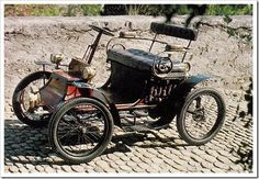 1900 Clement Gladiator ( Clement-Panhard.) ════════════════════════════ http://www.alittlemarket.com/boutique/gaby_feerie-132444.html ☞ Gαвy-Féerιe ѕυr ALιттleMαrĸeт https://www.etsy.com/shop/frenchjewelryvintage?ref=l2-shopheader-name ☞ FrenchJewelryVintage on Etsy http://gabyfeeriefr.tumblr.com/archive ☞ Bijoux / Jewelry sur Tumblr