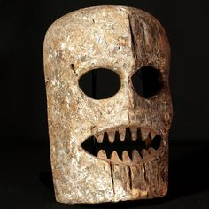 Kumu Mask : Collected by Jean Pierre Hallet