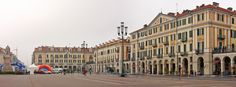 Cuneo, Piazza Galimberti vista da nord-est.